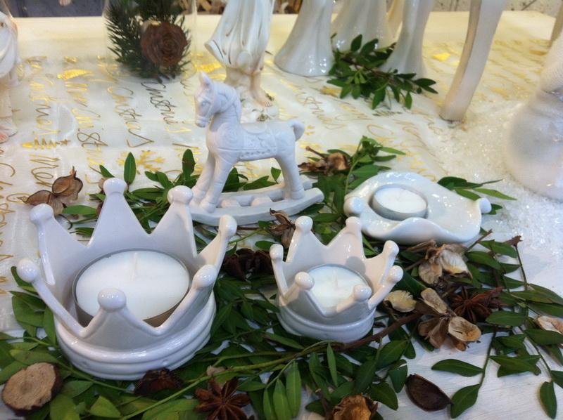 Wohnaccessoires porzellan krone creme klein for Wohnaccessoires katalog